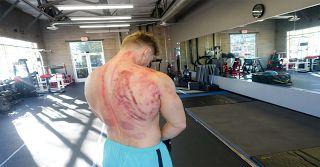 Steve Cook vous montres le Côté obscure De la musculation !