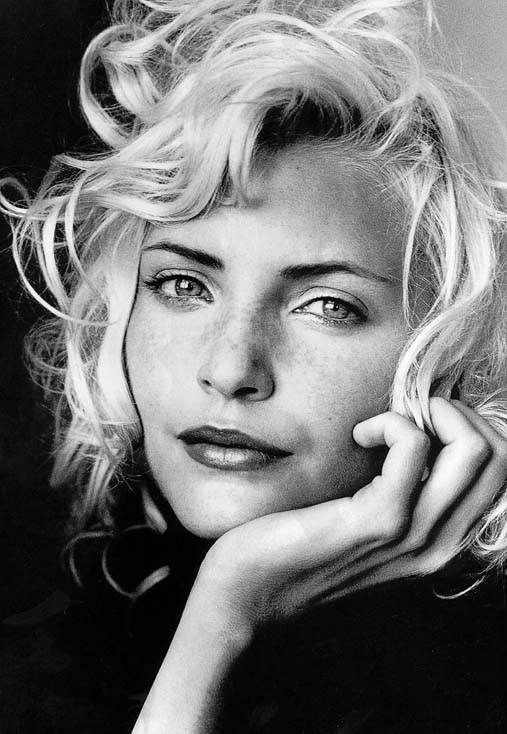 nadja auermann, my fave modela from the 90s
