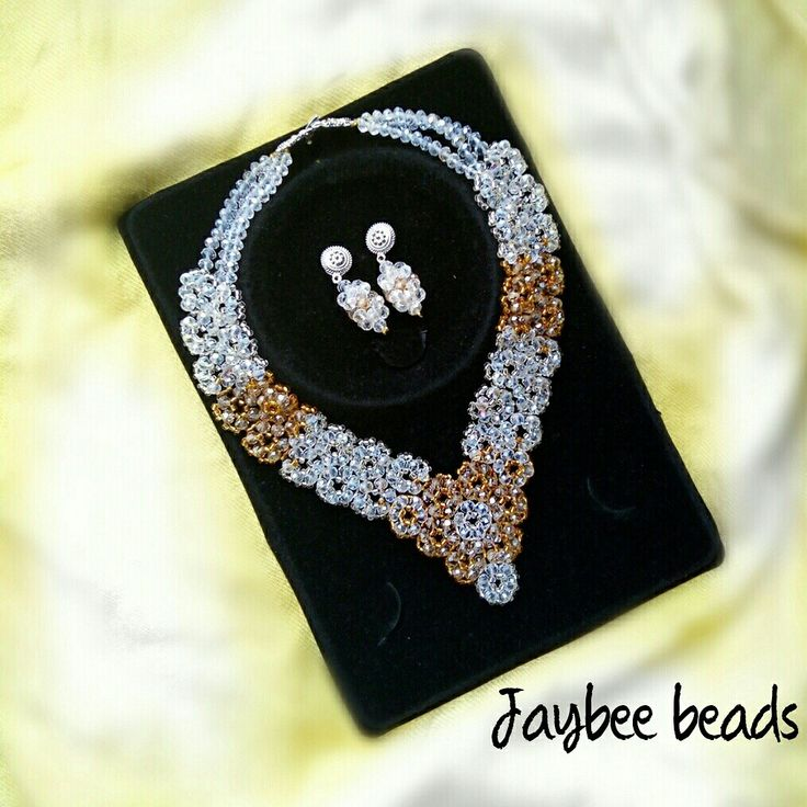 Elegant trio necklace
