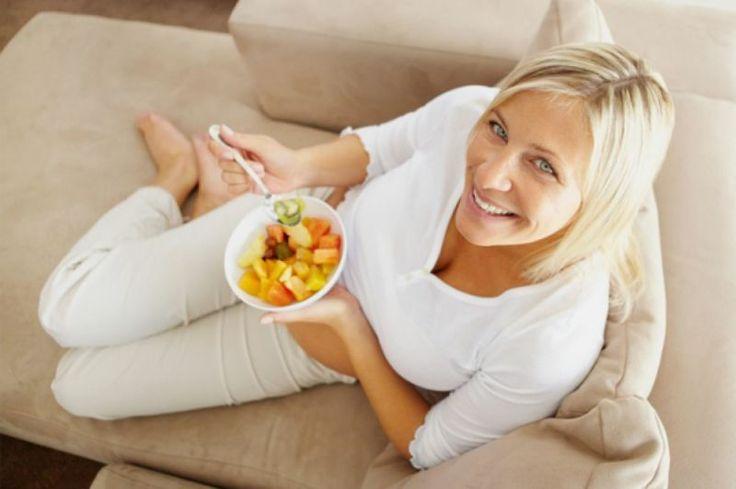 Afla cum sa slabesti aplicand pe propria piele dieta cu supa minune. Cum sa slabesti 4 kg in 2 saptamani urmand dieta cu sfecla rosie? Cum sa slabesti urmand dieta cu limonada? Diete, sfaturi si multe altele pe DeFolos.RO