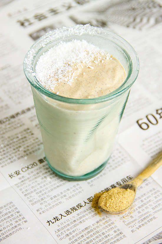 licorice fig vanilla coconut smoothie