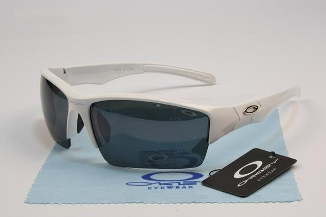 cheap Oakley Bottle Rocket Sunglasses polished white frames black lens on sale online, save up to 90% off on the lookout for limited offer, no tax and free shipping.#oakley #oakleysunglasses #sportsunglasses #sunglasses #ok #o