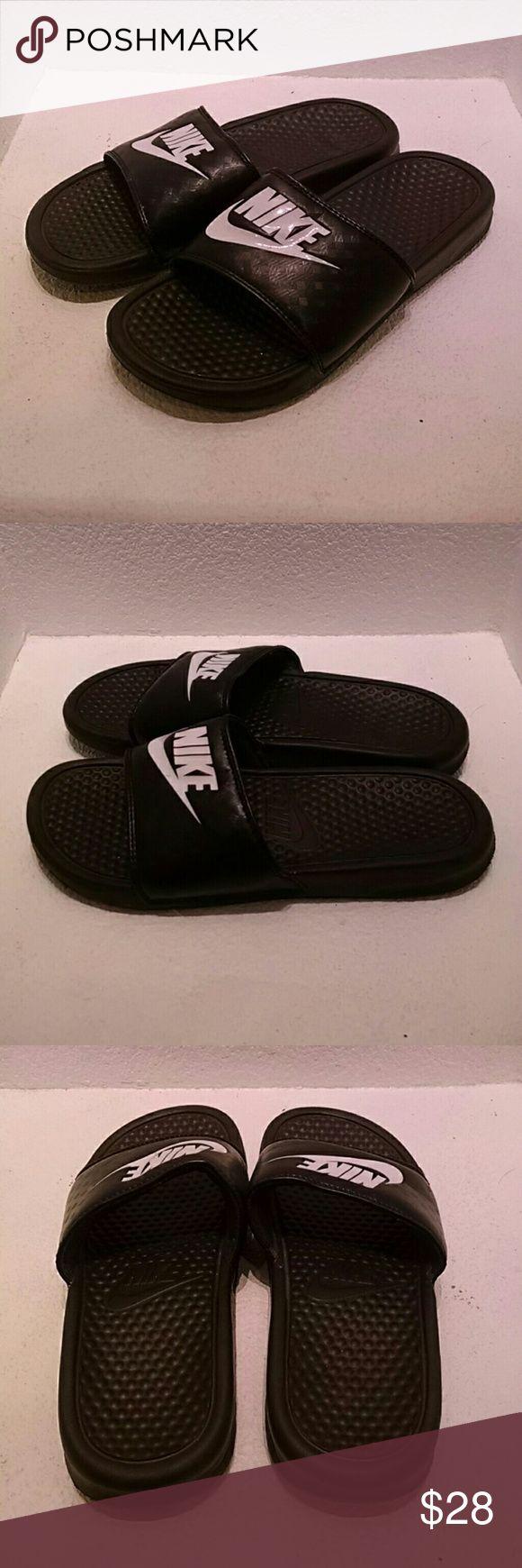 Nike Sandals Men's Size 8 Nike men's sandals size 8. Upper sandals in excellent condition and soles are excellent showing no noticable wear. Nike Shoes Sandals & Flip-Flops