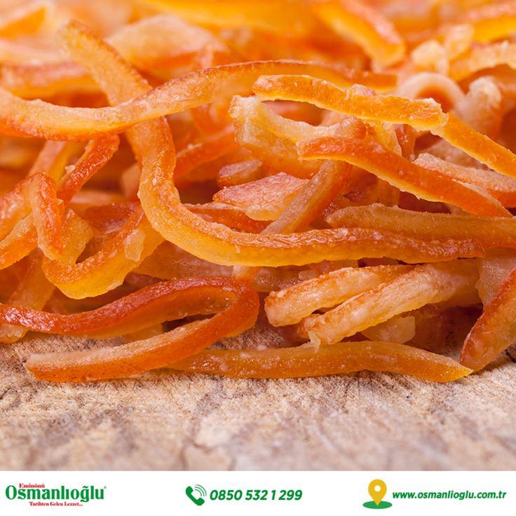Akdeniz ülkemizin armağanlarından olan mis kokulu ve lezzetli portakalları, tam mevsiminde topluyor, hijyenik şartlarda ayıklıyor, tamamen doğal yöntemlerle kurutup sizin için paketliyoruz.