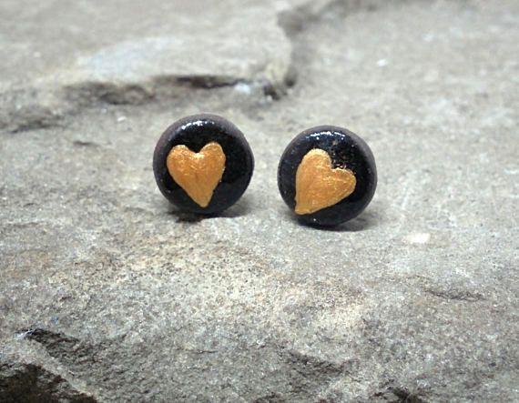 Gold Heart Earrings Black Round Studs Ceramic stud earrings  #earstuds #earring #earrings #studearrings #studearring #handmadejewellery #handmadejewelry #handmade #ceramicjewelry #ceramic #ceramics #giftideas #gifts #giftsforanyoccasion #giftsforher #giftsforwomen #womenfashion #fashionaccessories #bliss #fashionideas #fashion #artisanjewelry #artistsoninstagram #jewelrygram #jewelrydesign #jewelry #jewelrydesigner #handmadeearrings #studs #cutegifts
