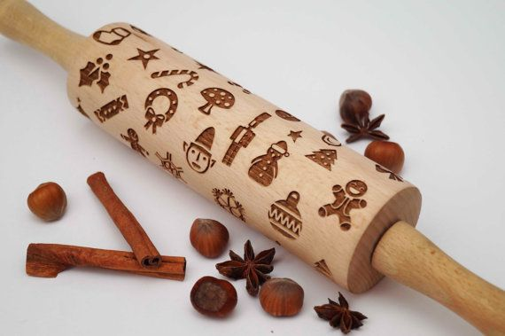cute rolling pin with christmas designs for fabulous mince. Black Bedroom Furniture Sets. Home Design Ideas