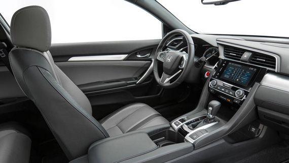 Интерьер купе Honda Civic 2016 / Хонда Сивик 2016
