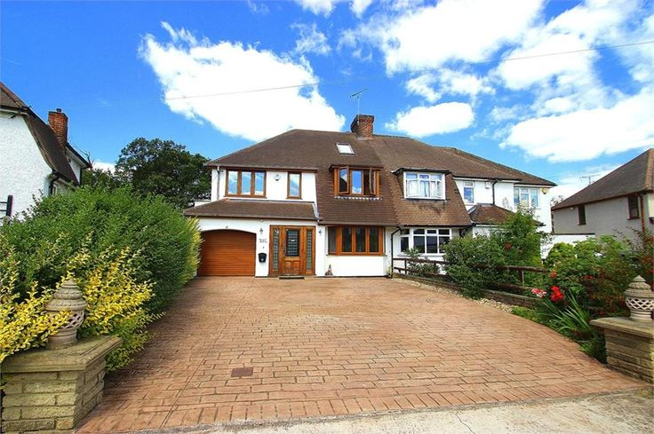 The Parkway, #Iver Heath offers over £900,000 Freehold EXTENDED SEVEN BED WITH DETACHED SELF-CONTAINED ANNEXE! Situated on sought-after road and 0.33 acre plot deceptively spacious 23ft lounge stunning 22ft kitchen with granite surfaces 5 baths g-floor with u/f heating