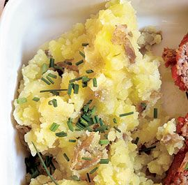 SMASHED POTATOES WITH SOUR CREAM AND CHIVES http://www.finecooking.com ...