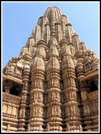 Khajuraho, Hindu erotic temple