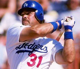 Mike Piazza in Dodgers Blue!! MMMMM