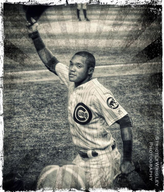 Crosstown Classic Rule: Hit a Grand Slam at home = Take a curtain call. @addison_russell @cubs #wrigleyfield #cubs #cubswin #crosstownclassic #addisonrussell #letsgo #curtaincall @mlb