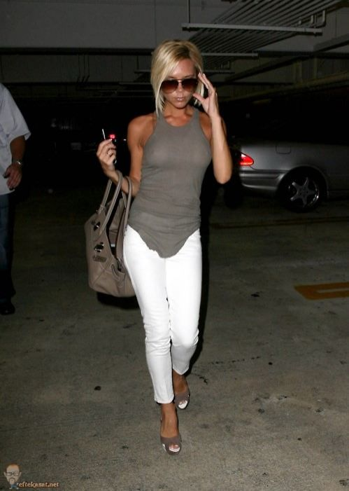 VB - just goes to show how a fit body can make a plain top & pants look amaze