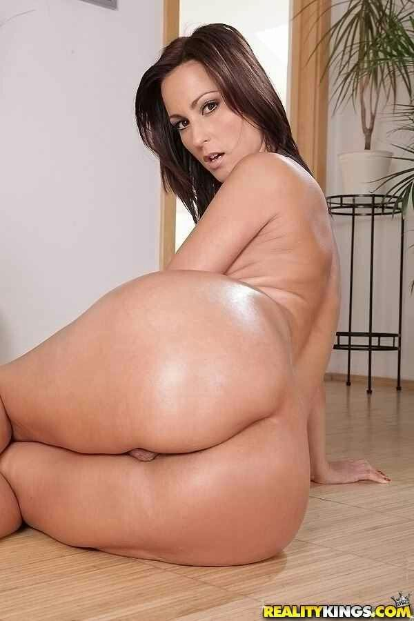 Free skinny adult porn clips