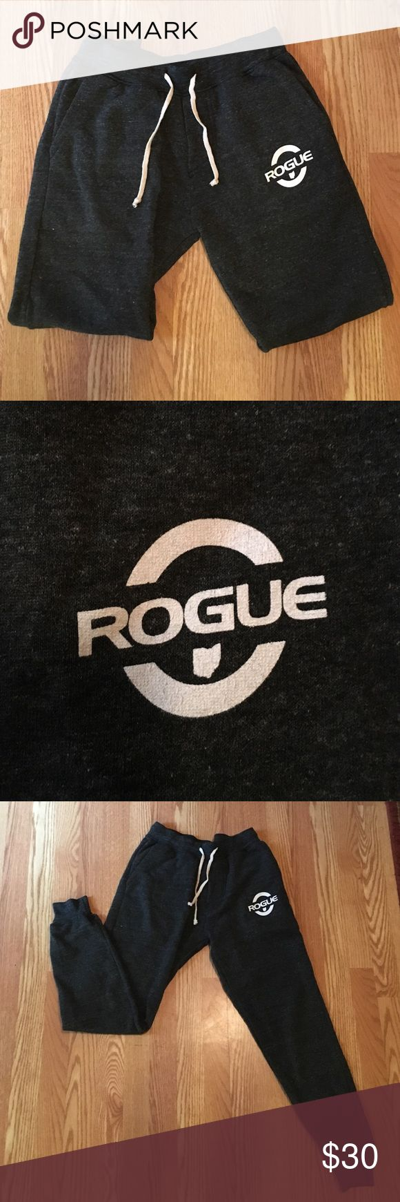 Rogue fitness sweatpants never worn! Brand new without tags. Rogue fitness sweat pants has fleece lining Rogue Fitness Pants Sweatpants & Joggers