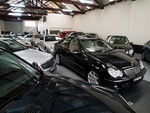 Used Cars Sydney  http://www.lenvine.com.au/ Looking for luxury and prestige used and second hand cars in Sydney. LenVine Automobiles are one of the leading luxury used car dealers . So don't pay more for prestige vehicle.