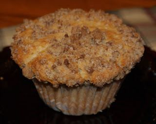 Little Bit of Everything: Pear and Cranberry Muffins with Gingersnap Crumble - SMS