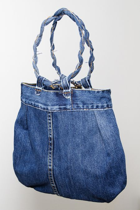 Purse, Recycled item - Von Hertzen Brothers. Designed and made by Jaana Bragge. Photo: Toni Ahonen.
