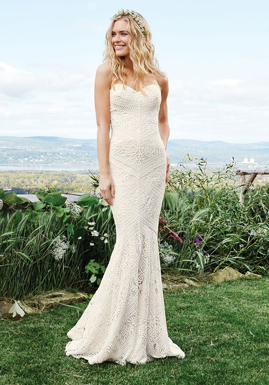 Mermaid styled gown with all over lace details, sweetheart neckline, and dropped waistline I Style: 6425 I by Lillian West I http://knot.ly/6497BNCFt