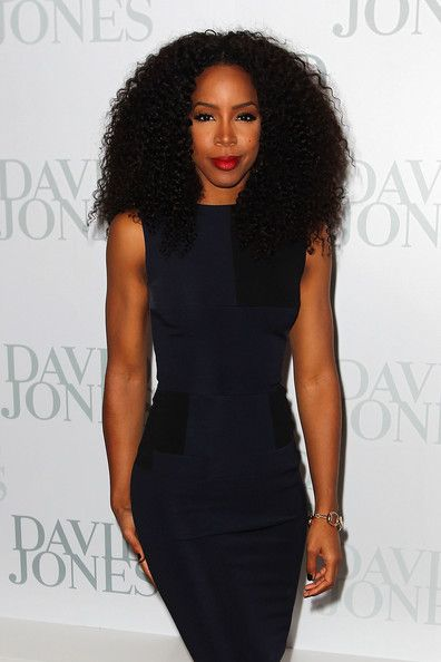 Kelly Rowland Hits David Jones Show