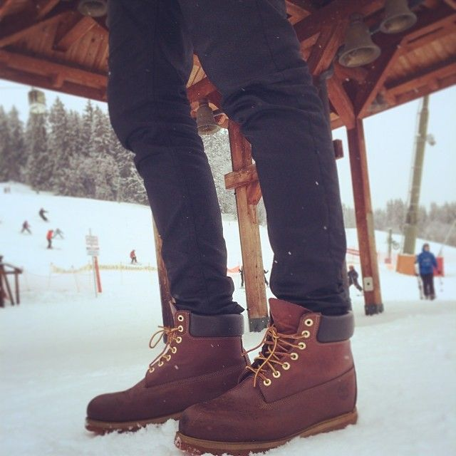 Timberland - Fashion Mall City Shuffler Chukka Boot :  Excellent  Buying Now