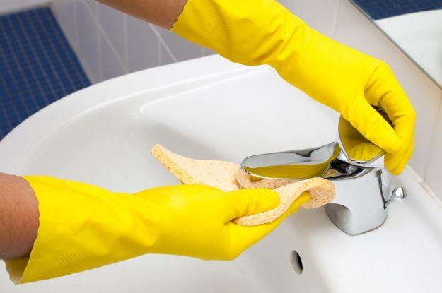 10 ideas para limpiar rápidamente el baño
