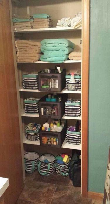 Linen closet organization Thirty-one Gifts Canada