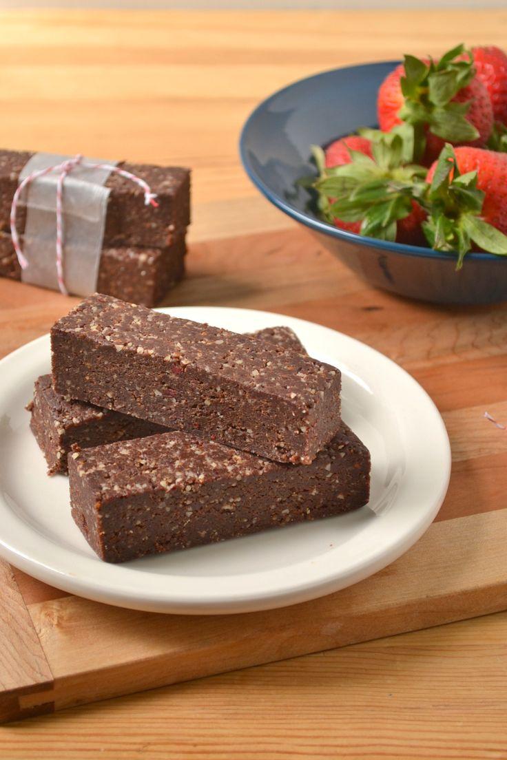 Raw Vegan Chocolate Cranberry Energy Bars | Food Doodles