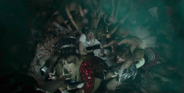 15 Times Twitter Spoke Our Thoughts About Taylor Swift's 'Look What You Made Me Do' Music Video http://fangirlish.com/15-times-twitter-spoke-thoughts-taylor-swifts-look-made-music-video/