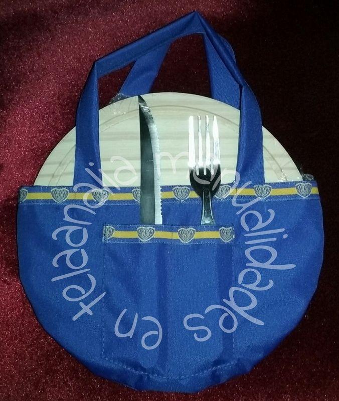 Set asado individual: plato de madera, tenedores y estuche con manijas personalizado con el club favorito de papa!!
