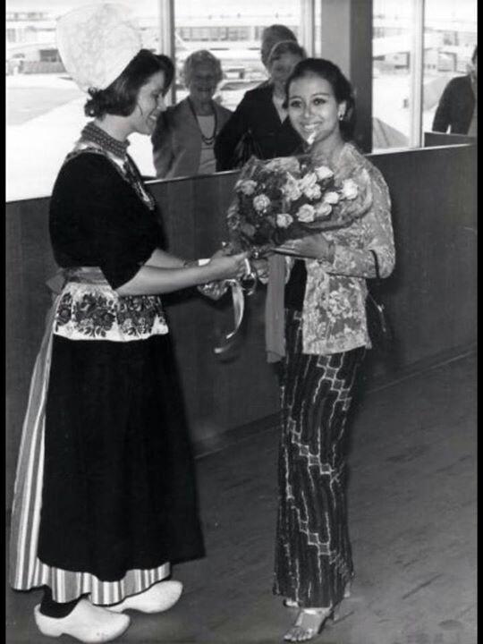 Maria Louis Retme S Miss Tourism Indonesia 1970 arrived at schipol Belanda
