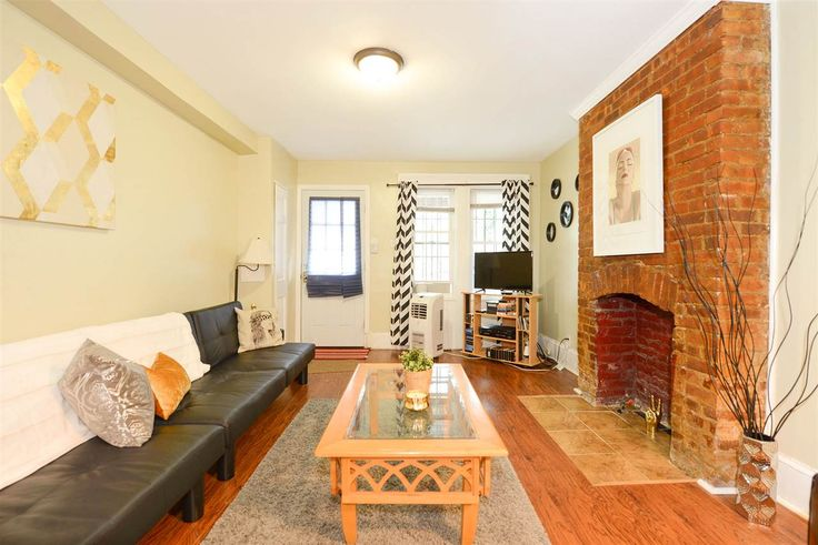 Situated on the East side of Palisade Avenue in the the sought-after Riverview Arts District of Jersey City Heights For Sale New Jersey The Heights Jersey City Microwave, Oven/Range Gas, Refrigerator