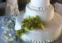 Torta Orchidea, una delle #weddingcake usate a #villacquaviva per un #matrimoniointoscana #acquavivainlove #maremma #toscana