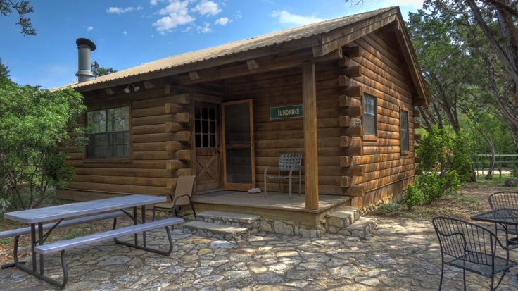 Foxfire Cabins Texas Hill Country Cabins On The Sabinal River Biker Friendly Family Oriented Pet Friendly Country Cabin Cabin Patio