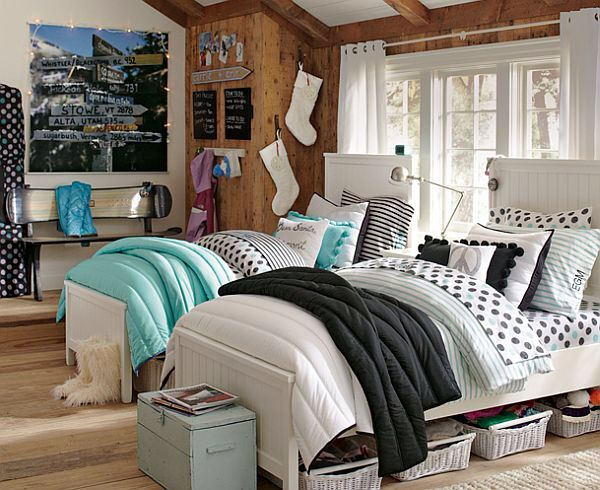 Cozy~light~beautiful~awesome~nice~cool~great~girly~room~bedroom~rooms~bedrooms~beds~two beds~girls~twins~sisters