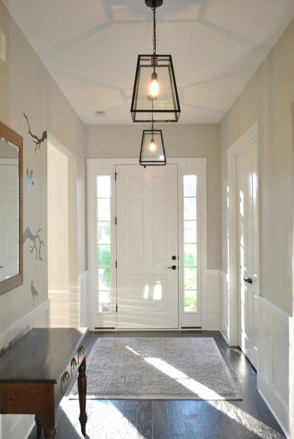 Deckenlampe Flur Der Kleine Ratgeber Fur Die Richtige Lichtgestaltung Deckenlampe Der D Foyer Lighting Fixtures Hallway Light Fixtures Entryway Lighting