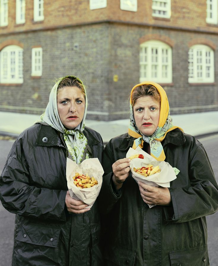 David Stewart: Sisters in scarfs eating Pimlico chips