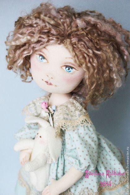 Алиса - голубой,мятный,бежевый,алиса в стране чудес,алиса,алиса в зазеркалье