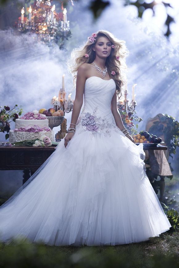 238 Sleeping Beauty -  Alfred Angelo via Brides Up North at http://bridesupnorth.com/2014/07/17/princess-wedding-dress/