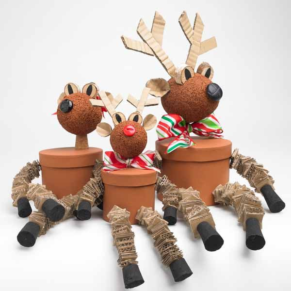 25 best ideas about reindeer decorations on pinterest christmas decoration crafts xmas crafts and homemade christmas crafts - Christmas Reindeer Decorations