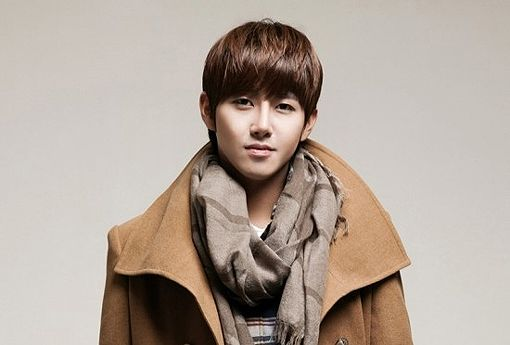 ZE:A's Kwanghee reveals that his agency gave him a car after becoming the sixth man of 'Infinity Challenge' - http://www.kpopmusic.com/artists/zeas-kwanghee-reveals-that-his-agency-gave-him-a-car-after-becoming-the-sixth-man-of-infinity-challenge.html