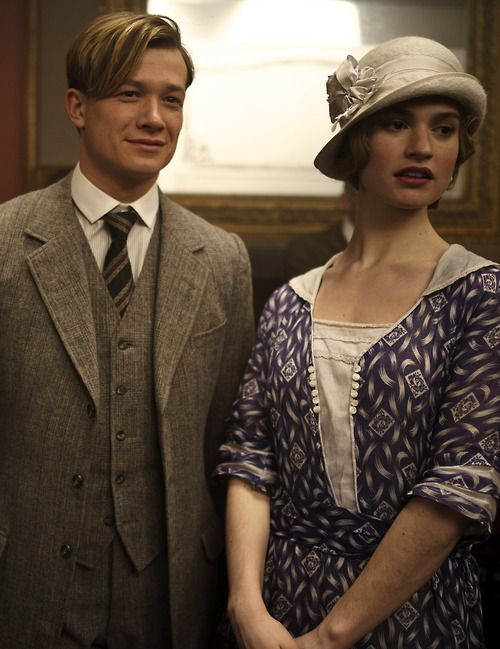 Ed Speleers as James 'Jimmy' Kent and Lily James as Lady Rose MacClare in Downton Abbey (TV Series, 2013).