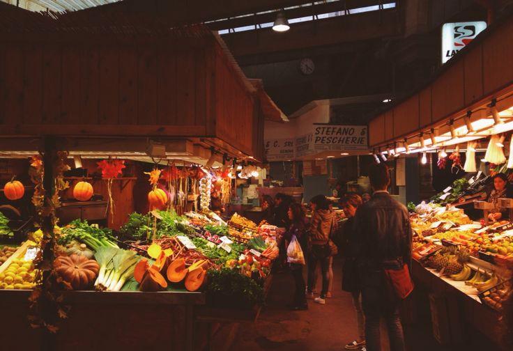 Mercato Orientale, Genova, IT