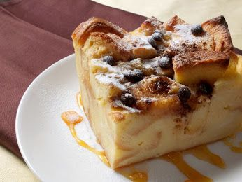 Bingung menyiasati si kecil yang doyan jajan? Sajikan hidangan istimewa dan menarik seperti Puding Roti Saus Karamel ini! Selain lezat, hidangan ini juga bisa mengenyangkan. Rasanya yang ramai, perpaduan cokelat, keju dan siraman saus karamel pasti disukai si kecil dan anggota keluarga lainnya. Cocok juga untuk hidangan istimewa di Tahun Baru.   klik #resep Puding Roti Saus Karamel : http://resepkita.com/detailResep.asp?recId=574