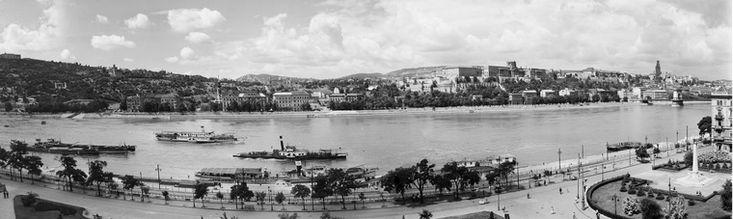 Budai panoráma a Vigadóról fotózva, 1955. Nagy felbontásért kattints a képre!