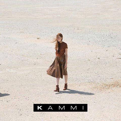 Finalmente #Venerdì! 😍 👠💄  Scappa dalla #città con le tue Kammi preferite e scopri posti nuovi ;)  #KammiStyle #enjoy #weekend #fashion #journey