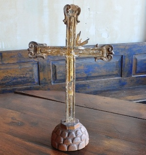 Italian Antique Cross on Final | Mercato Antiques | Direct Importers of Italian Antiques and Vintage Pieces