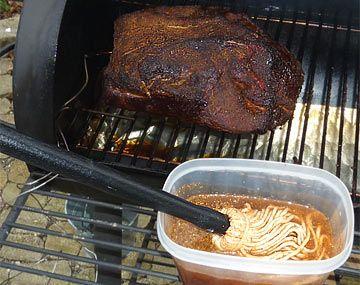 Barbecue Smoker 6 - PEPPERWORLD - Das Schärfste aus der Welt von Chili, Hot Sauce und Co.