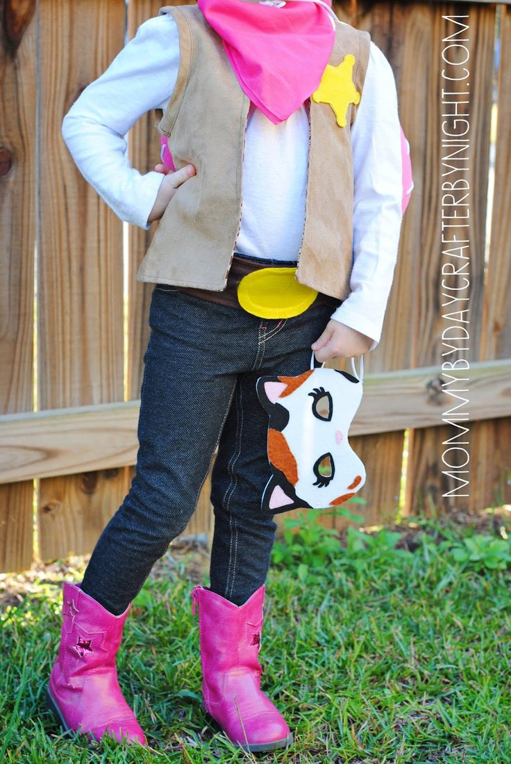 Mommy by day Crafter by night: DIY Sheriff Callie Costume