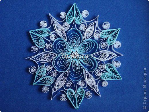 Поделка изделие Новый год Квиллинг Снежинки Бумага фото 2